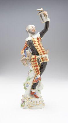 A Meissen figure, Harlequin after JJ Kaendler : Lot 1008