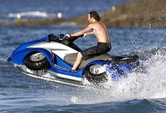 What would happen if a Quadbike mated with a Jet Ski? You'd get the The Gibbs Technology Quadski, the first commercially viable, high-speed Quadbike/ATV and a Jet Ski all in one. Bmw Engines, Amphibious Vehicle, Terrain Vehicle, Quad Bike, Atv Quad, Ex Machina, Water Crafts, Cool Gadgets, Camping Gadgets