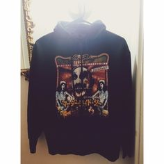 RARE HOUSE OF 1000 corpses zip up For all the horror fans out there!!! This hoodie is awesome however it doesn't fit me :( but I bought it anyways because it's just too good but needs a good home! Accepting offers Vintage Sweaters