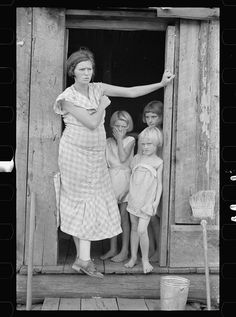 Sharecroppers, Washington County, AR 1935; Library of Congress FSA/OWI photograph collection