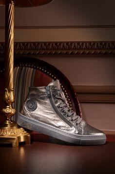 Pataugas FW16 - Sneakers YOANNA en cuir métallisé argent / A shopper ici >> http://www.pataugas.com/yoanna-ms-f4b-sneakers-cuir-metallise/#article=25987