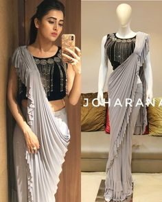 Silver grey zari georgette plain partywear saree with embroidered blouse . Saree Designs Party Wear, Party Wear Sarees, Sari Design, Sari Blouse Designs, Saree Draping Styles, Saree Styles, Drape Sarees, Designer Sarees Wedding, Choli Dress