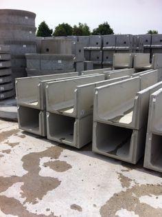 Canalette prefabbricate per scolo acque: Cantiere Ferroviario di Cassano Spinola (AL)