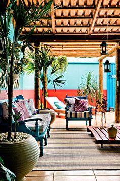 Informe publicitário: Antes e depois: varanda ganha cor e aconchego - Casa