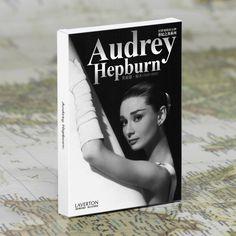 30pcs in one, Postcard,Audrey Hepburn,Hollywood goddess,Christmas Postcards Greeting Birthday Message Cards 10.2x14.2cm