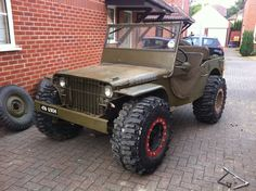 willys jeep... Love the tires!!!