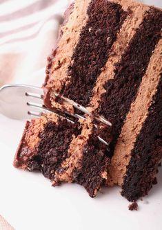 Vegan Chocolate Cake Vegan Dessert Recipes, Delicious Desserts, Healthy Desserts, Vegetarian Recipes, Vegan Chocolate, Chocolate Cake, Vegan Baking, Vegan Food, Cupcake Cakes