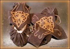Bundschuhe tribal Goa, Cookie Cutters, Desserts, Outfits, Vikings, Middle Ages, Tailgate Desserts, Deserts, Suits