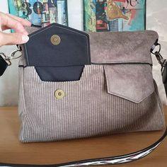@Artystee sur Instagram: Pour la 𝙨𝙖𝙞𝙨𝙤𝙣 𝙖𝙪𝙩𝙤𝙢𝙣𝙚-𝙝𝙞𝙫𝙚𝙧🍂, un nouveau sac bi-matières qui m'accompagnera au travail 👜... j'ai cherché un modèle avec assez de…