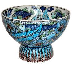 William De Morgan - Fish Punch Bowl http://www.demorgan.org.uk/