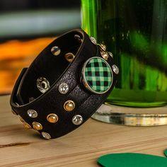 Grâce à NOMAAD nous pouvons créer le bracelet qui nous représente vraiment ! Saint Patrick, Good Luck, Personalized Items, Bracelets, Leather, Black, Jewelry, Accessories, Jewels