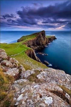 Neist Point - Isle of Skye, Scotland // the isle of skye is probably #2 on my wanderlust bucket list right now, right behind a trip to iceland/norway.
