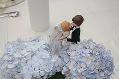 Light blue wedding center piece - www.riessersee-hotel.de very sweet~