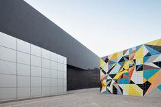K20 Nordrhein-Westfalen. Art Museum Dusseldorf, Germany. 1986. Area: 19,000 m2. By Danish architect firm DISSING+WEITLING