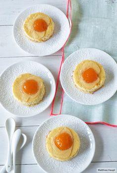 Ist das etwa rohes Ei auf dem Kuchen? Aber nein, das sind unsere täuschend echt aussehenden Spiegelei-Schnitten!