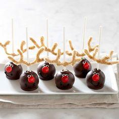 Darling reindeer cake pops