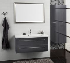 Dansani Luna - Countless possibilities in your bathroom regardless of size and shape. See Luna bathroom furnitures at Dansani and get inspiration for your bathroom. Danish Style, Bathroom Vanity, Small Bathroom, House Design, Furniture, Luxury Bathroom, Diy Decor, Bathroom Furniture, Bathroom