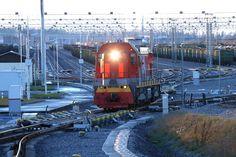 Началась тестовая эксплуатация самой крупной сортировочной станции Восточной Европы Лужская. / Russia