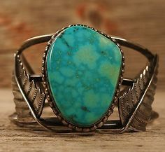 OLD PAWN NAVAJO NATIVE AMERICAN VINTAGE CUFF BRACELET STERLING SILVER TURQUOISE