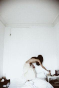 ©barbara vidal(b.1979-) //maria (into the white)
