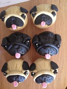 Pug cakes