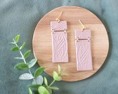 Handmade jewellery and home decoration by Curpic on Etsy Pink Earrings, Statement Earrings, Earrings Handmade, Handmade Jewelry, Gifts For Nature Lovers, Small Art, Travel Jewelry, Leaf Pendant, Powder Pink