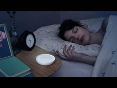 Dodow is a light-based metronome designed to quickly lull you to sleep. Simply breathe along with the soft blue glow on your ceiling. See how it works now! How To Sleep Faster, How To Get Sleep, Ways To Fall Asleep, Rhythmic Pattern, Focus Your Mind, Sleep Issues, Sleep Remedies, Breathing Techniques, Natural Sleep
