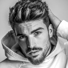 Hairstyles peinados 12 New Short Haircuts For Every Man 11 New Short Haircuts For Every Man - Mens Hairstyle 2018 Medium Short Haircuts, New Haircuts, Medium Hair Cuts, Short Hair Cuts, Medium Hair Styles, Short Hair Styles, Man Haircut Medium, Short Hair For Men, Mens Hairstyles 2018