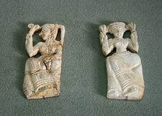 Minoan, late period c. Minoan Art, Snake Goddess, Ancient Goddesses, Mycenaean, Creta, Greek Culture, Ancient Beauty, Crete Greece, Ancient Artifacts