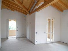Vendita appartamento attico Torre Maina Rif-PR12, a pochi chilometri da Maranello il piacere di vivere in un ambiente dagli ampi spazi, ne l pieno delle pri