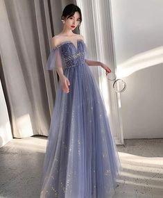 Long lavender dress, v-neck tulle party dress, elegant off-the-shoulder dress - - Below+is+our+email,if+you+have+any+problem,please+contact+us. Please+left+your+below+measurements+in+the+note+list.+ *Bust__________inch/cm *Waist+__________inch… Source by Champagne Homecoming Dresses, Prom Dresses Blue, Ball Dresses, Pretty Dresses, Beautiful Dresses, Long Dresses, Cocktail Dress Prom, Cocktail Gowns, Amazing Dresses