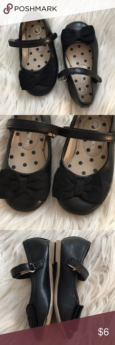 Cherokee Mary Janes - Baby 6 Near Perfect Condition!  Only Sign of Wear is on Soles. My Daughter Wore Them Once for a Christmas Photo Shoot Outside, and A Few Times Around The House.  Fabric Bow/Velcro Closure for Easy On/Off.  Bought @ Target. Cherokee Shoes Dress Shoes