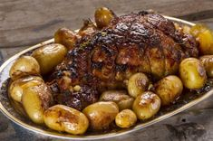 Glazed ham roast by Greek chef Akis Petretzikis. A juicy, tender ham marinated with honey, lemon, mustard and aromatics with a rich honey brown sugar glaze! Greek Recipes, Pork Recipes, Slow Cooker Recipes, Cooking Recipes, Healthy Recipes, Confectionery Recipe, New Years Eve Dinner, Christmas Dishes, Christmas Recipes