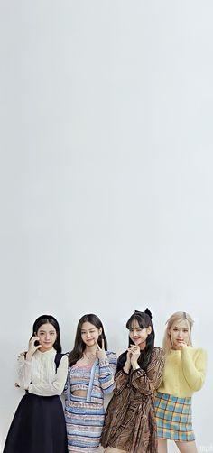 Jennie Lisa, Blackpink Lisa, Blackpink Photos, Cool Photos, Kpop Girl Groups, Kpop Girls, Easy Homemade Face Masks, Attack On Titan Aesthetic, Best Photo Poses