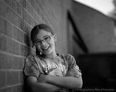 portrait-by-the-brick-wall.jpg (787×630)