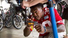 The San Francisco 49ers Become Bike Mechanics for a Day | Outside Online - https://www.facebook.com/GreatMountainBiking/