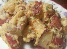Crockpot easy cheesy red potatoes