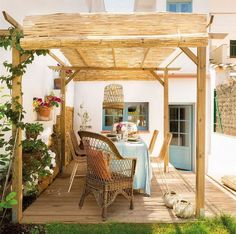 Charming house in Spanish countryside Rustic Outdoor, Indoor Outdoor, Outdoor Living, Outdoor Decor, Pergola Patio, Backyard, Built In Seating, Built In Bench, Porches