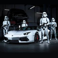 This is the Lamborghini Aventador we're looking for #CarFlash