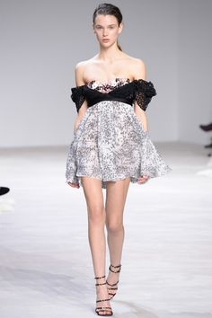 Must See: Swoon Over Giambattista Valli Couture Now via @WhoWhatWearUK