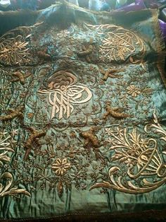 Ottoman Embroidery 19th century Textiles, Textile Patterns, Textile Art, Gold Work, Linens And Lace, Antique Lace, Of Wallpaper, Byzantine, Islamic Art