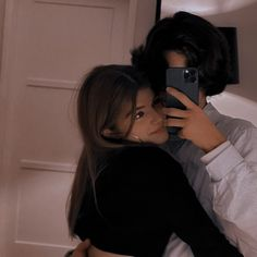 Relationship Goals Text, Cute Relationships, Teen Couple Pictures, Couple Photos, Cute Couples Goals, Couple Goals, Welcome To Hogwarts, Teen Couples, Couple Aesthetic