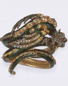 Antique diamond and enamel dragon bangle, c. Dragon Bracelet, Dragon Jewelry, Snake Jewelry, Insect Jewelry, Animal Jewelry, High Jewelry, Victorian Jewelry, Antique Jewelry, Vintage Jewelry