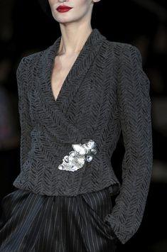 Giorgio Armani Seguici diventa nostra fan ed entrerai nel mondo fantastico del Glamour Shoe shoes scarpe bags bag borse fashion chic luxury street style moda donna