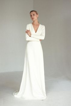 Long sleeve V neck wedding dress Modern minimalist crepe wedding dress Simple A line bridal gown with buttons and long train JOSEPHINE - Hochzeitskleid Modern Boho Wedding Dress With Sleeves, Crepe Wedding Dress, Making A Wedding Dress, V Neck Wedding Dress, Long Sleeve Wedding, Long Wedding Dresses, Wedding Gowns, Crepe Dress, Long Sleeve Silk Dress