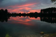 Picture of a Carp Sunset. Pictures & Images of carp and other scenery shots at the lake side; courtesy of Best bait for carp fishing.  http://bestbaitforcarpfishing.com/carp-gallery                                                                                                                                                                                 More