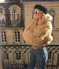 beret + fuzzy coat