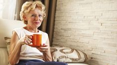 Life After 60 - 6 surprising habits for a happier life after 60 Retirement Strategies, Retirement Advice, Retirement Countdown, Happy Retirement, Dealing With Loneliness, Sixty And Me, Time Of Our Lives, Ways To Be Happier, Past Relationships