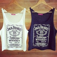 jack daniels tank with a pair of skinny jeans, gladiator sandals, and aviators