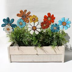 Flower sculpture - home decor - garden sculpture - ceramic and metal - garden art - plant stake - daisy turquoise small. via Etsy.Hmm, now that's one way to keep flowers alive. Flower garden art- garden decor- abstract plant stake - lawn ornament - c Ceramic Flowers, Clay Flowers, Flowers Garden, Giant Flowers, Ceramic Clay, Ceramic Pottery, Ideas Para Decorar Jardines, Metal Garden Art, Pottery Classes